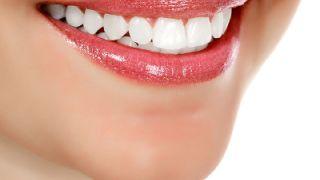 От какво се оцветяват зъбите ни?