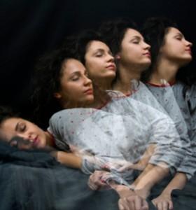 3 странни действия по време на сън