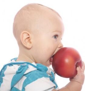 Бебето ви изпитва от осмия месец