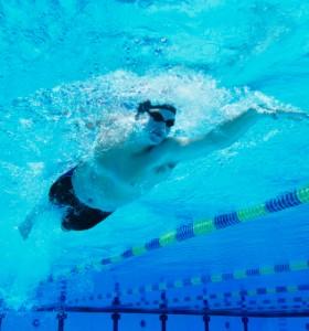 Плуване – за издръжливост и красива фигура