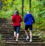 Тичането по стълби гори много калории за кратко