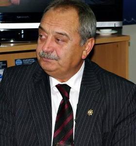 Д-р Венцислав Грозев: Дискутираме отпадане на лимитите за болниците