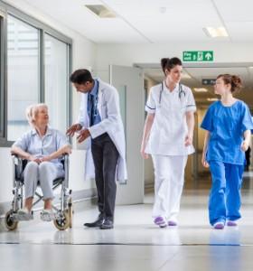 11 000 медицински сестри не достигат у нас