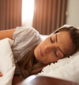 Хората, които спят до късно, се хранят нездравословно