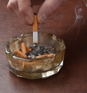 Всеки трети в България пуши