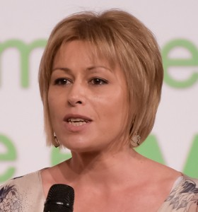 Елена Василева:  Кърменето не трябва да се контролира с часовник