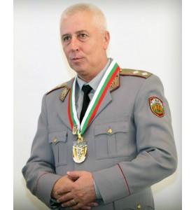 Шефът на ВМА бе избран за здравен министър