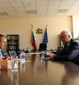 Проф. Петров се срещна с представители на БСК и СОББ
