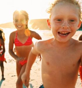 Как да помогнем на детето при слънчево изгаряне?