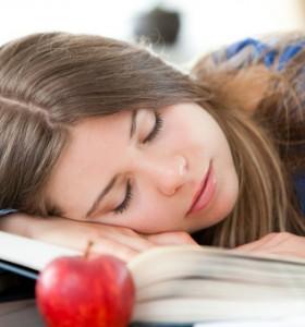 От колко сън се нуждаем?