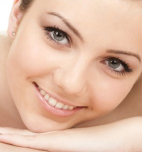 LED фототерапия за красива кожа на лицето