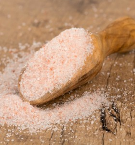 Прекаляването със солта също крие риск от диабет тип 2
