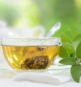 Зелен чай за гладка кожа и сияйна коса