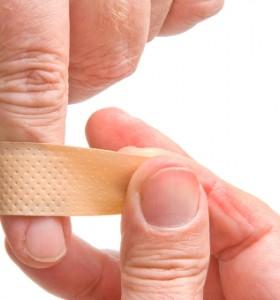 При склеродермия кожата се втвърдява и загрубява