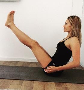 Отслабва ли се с йога? Йога със Стела Колева