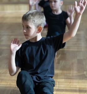 Йога за деца – различно ли е? Йога със Стела Колева