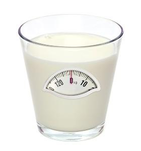 Пълномаслено или обезмаслено мляко?