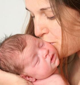 Конюнктивит и пневмония при новороденото и значение на хламидиалната инфекция
