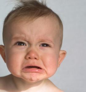 Страхът от раздяла или защо бебето плаче, когато мама я няма