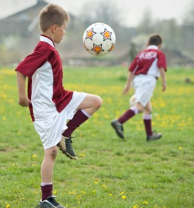 На какво може да се дължи прегърбването и болката в гърба при тийнейджърите?