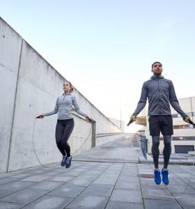 Как да скачаме на въже без риск за коленете и глезените?