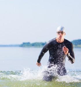 Плуване или бягане – кое гори повече калории?
