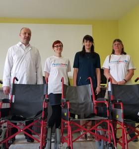 16 инвалидни колички дариха ресурсни учители на Пирогов