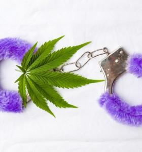 Увеличава ли марихуаната сексуалното желание?