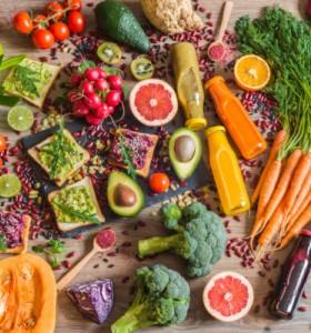 Храните, които ни поддържат млади и здрави