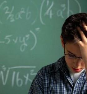 Нервни тикове при децата - дължат се на стрес