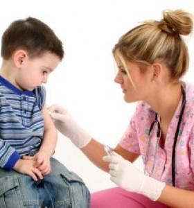 МЗ: Две от задължителните ваксини за децата са безплатни, съгласно имунизационния календар