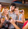 Алкохол притъпява способността ни да възприемаме асиметрията на лицата
