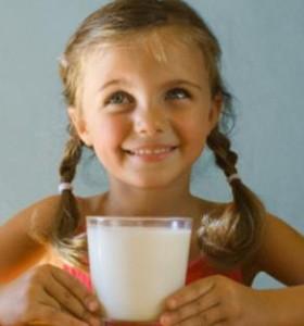 Родените през есента деца по-склони към хранителна алергия