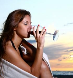 Срещу сърдечни заболявания при жените - умерена консумация на алкохол. Доказано!