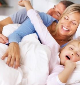 Жените с по-кратък цикъл на съня от мъжете