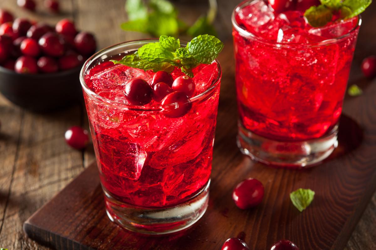 Смята се,че сокът от червенаборовинкадейства изключително благотворно върху бъбреците и