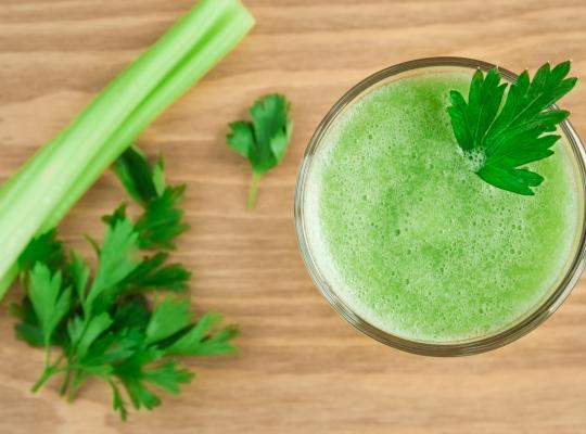 Снимка: Сок от целина за добро здраве