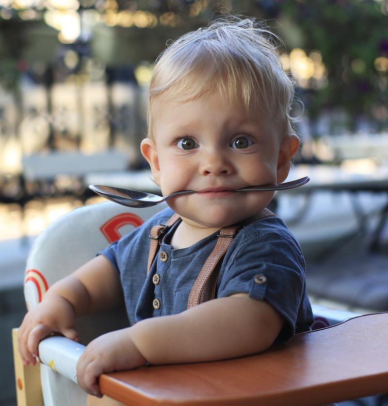 Снимка: Вредни вещества за децата в храната