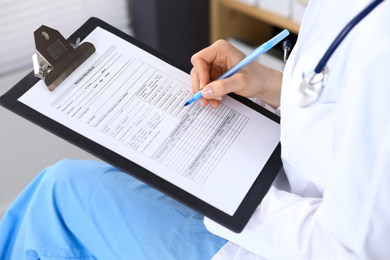 Министерството на здравеопазването обмисля допълнително материално стимулиране (ДМС) за работещите