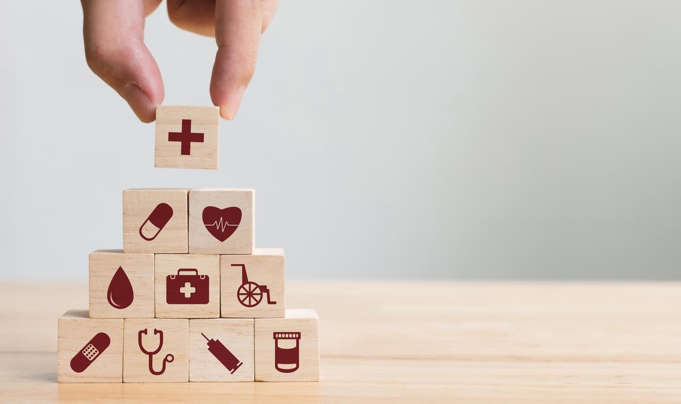 Държавните болници не трябва да бъдат търговски дружества, техният търговски