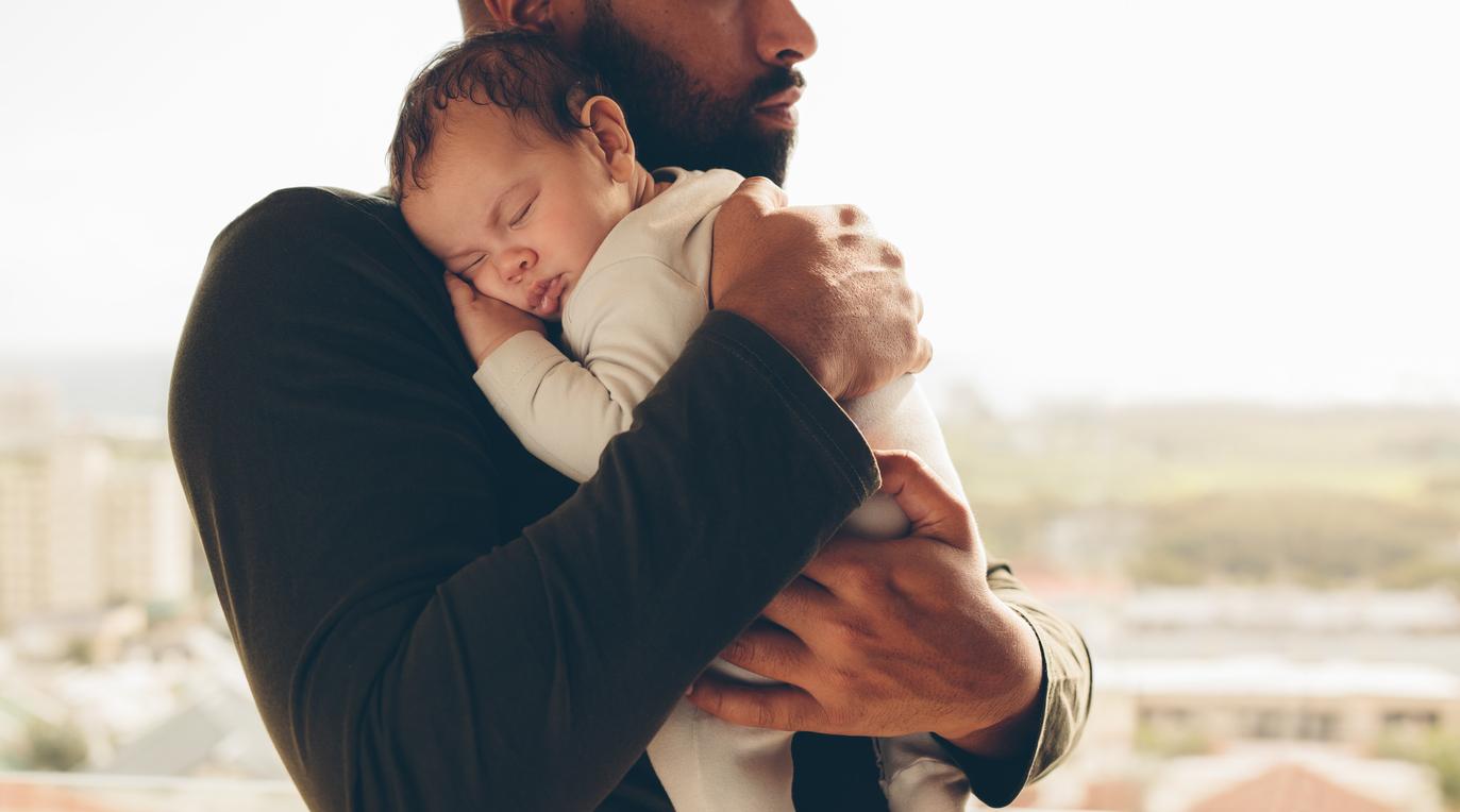 Снимка: Самотните бащи - изложени на високи рискови фактори