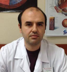 Д-р Николай Даков завършава медицина в МУ - София през