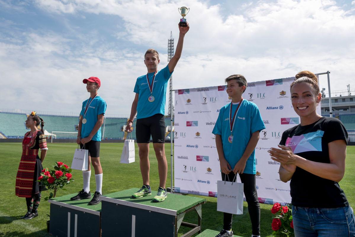 Снимка: Ивет Лалова открива шампиони срещу диабета