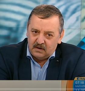Източник: Bulgaria ON AIR Болки в гърлото, суха, не продуктивна