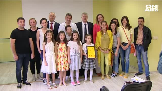 Източник: Bulgaria ON AIR Деца дариха апаратура на Детската хирургия
