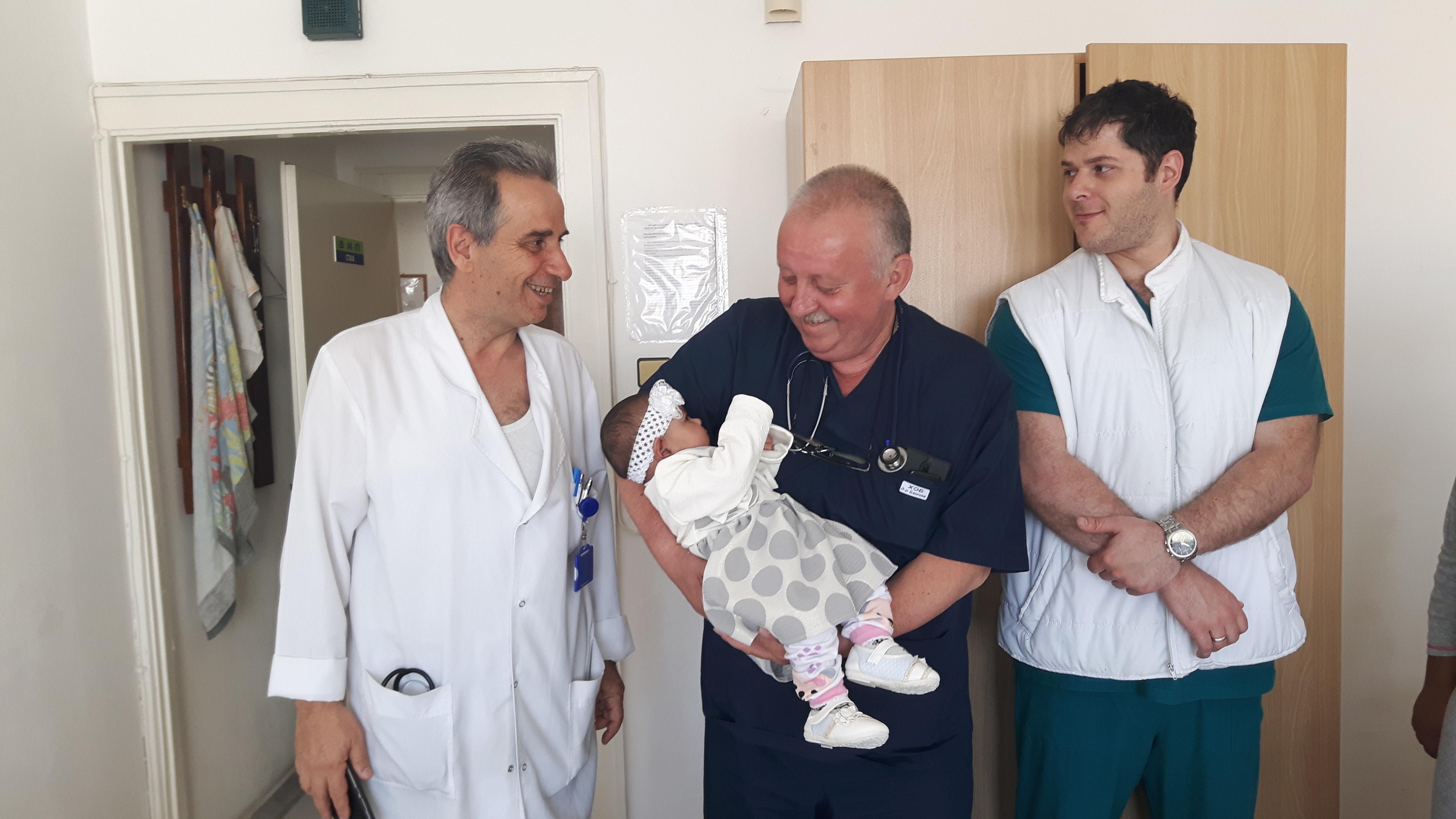 Източник: УМБАЛ Бургас Лекари от УМБАЛ Бургас спасиха 4-месечно бебе