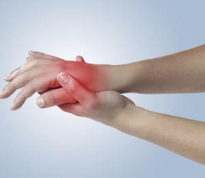 Първи признаци на ревматоиден артрит