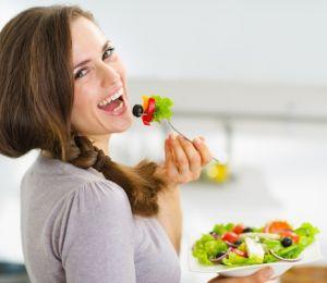 Какво да хапваме, за да подпомогнем мозъка?