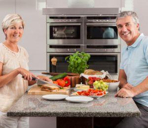 Как възрастта променя храненето?