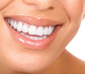 Навиците, които увреждат зъбите...